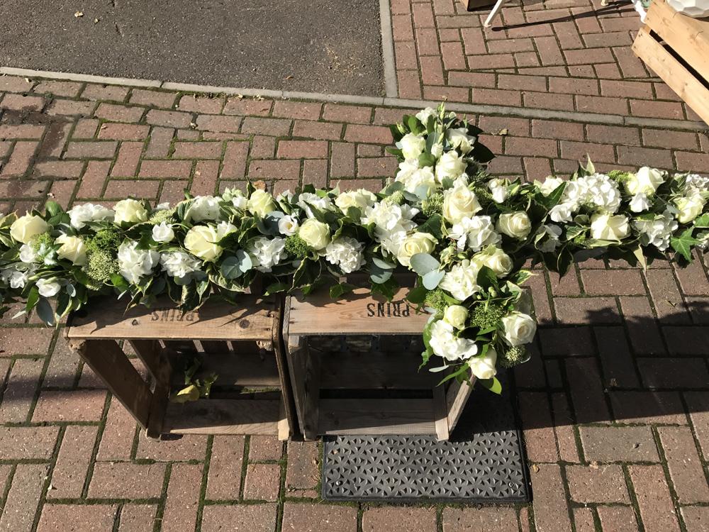 F108-Cross-funeral